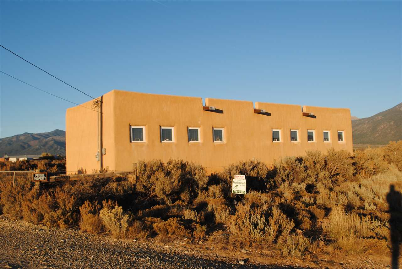 24933 US Highway 64, El Prado, NM 87519