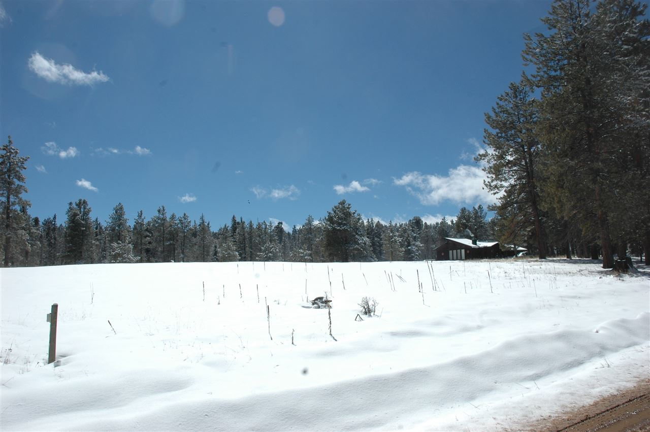 646 martinez way, angel fire, NM 87710