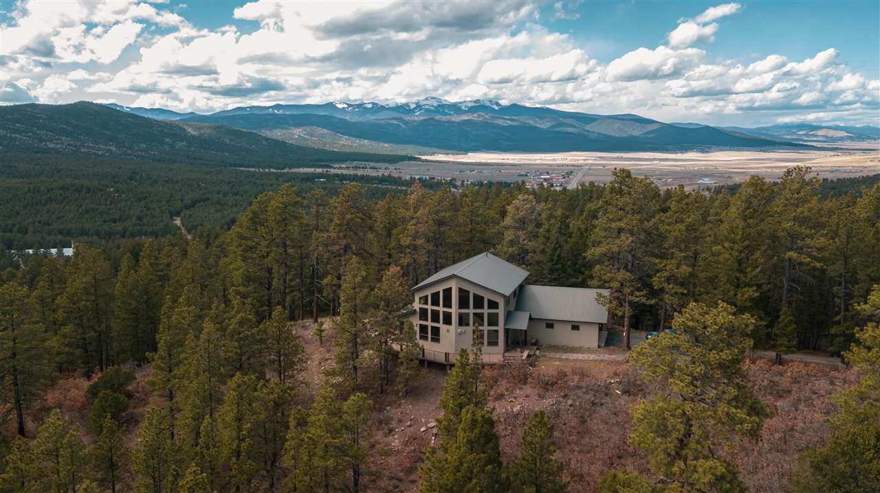 118 El Camino Real, Angel Fire, NM 87710