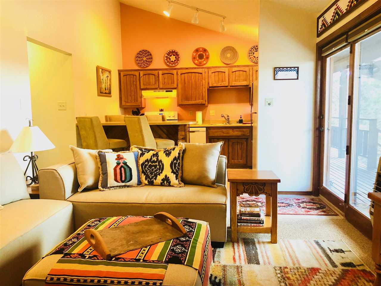 20 Squaw Valley Rd, Angel Fire, NM 87710