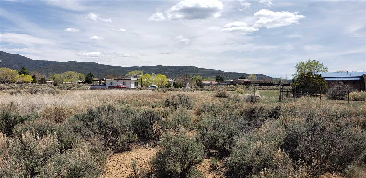 Tract B Morgan, Taos, NM 87571