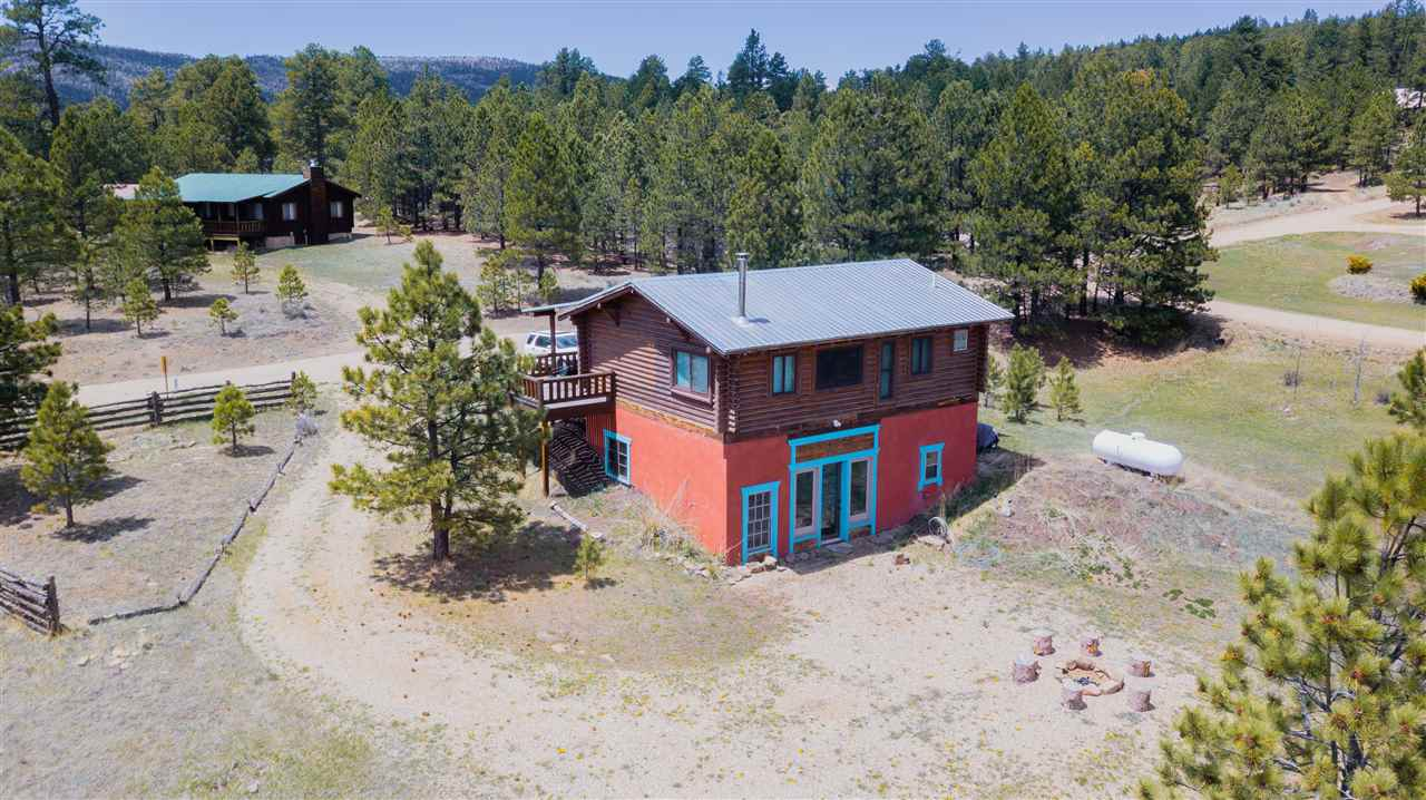 12 Upper Rd, Angel Fire, NM 87710