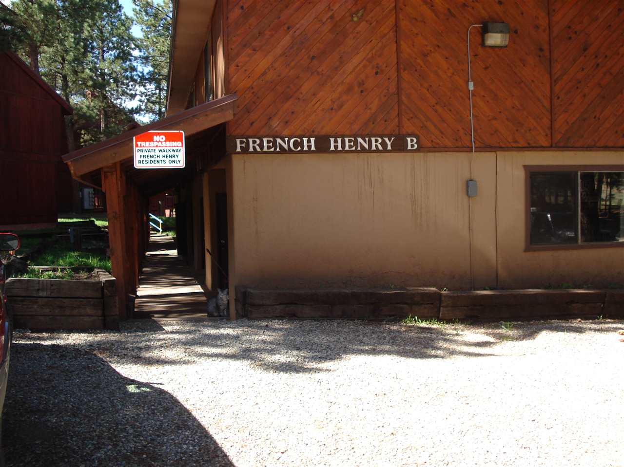 21 Jackson Hole Road, Angel Fire, NM 87710