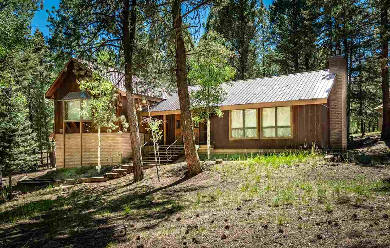 25 Mountain Lake Way, Angel Fire, NM 87710