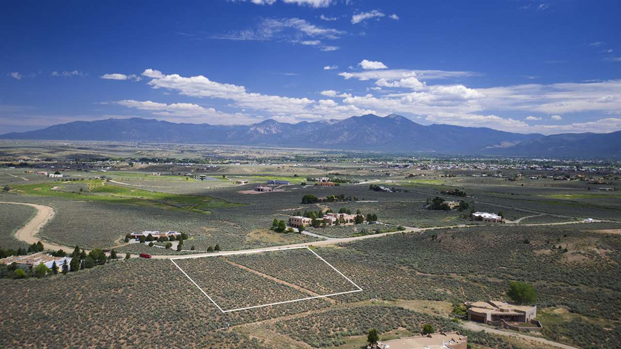 Lot 27 Taos Country Club, Ranchos de Taos, NM 87557