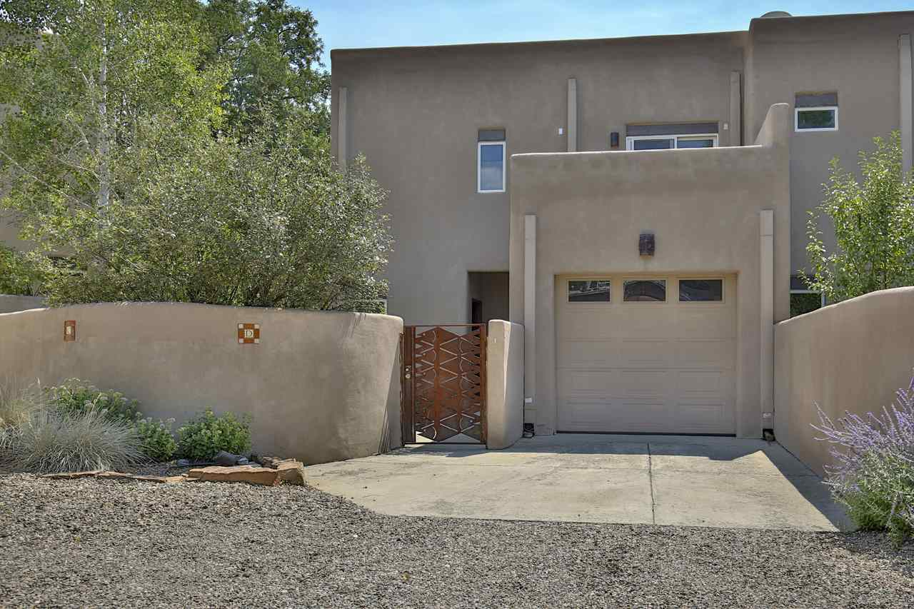 200 Brooks Street, Taos, NM 87571