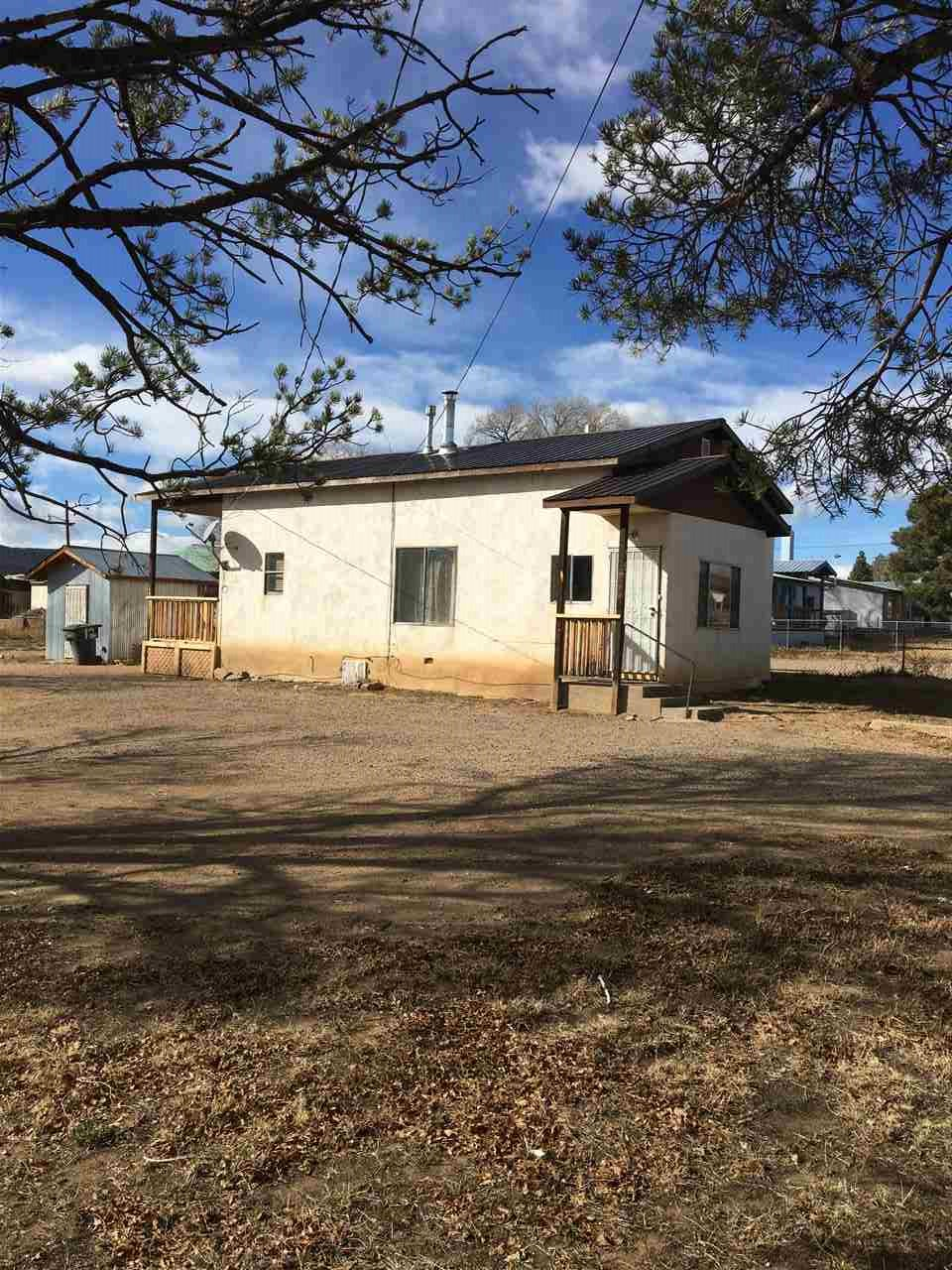2605 8th Street, Las Vegas, NM 87701