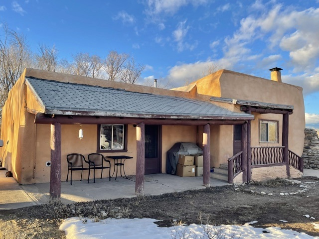 7246 Highway 518, Ranchos De Taos, NM 87557
