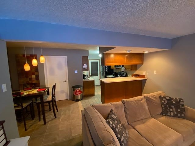 619 High Street, Red River, NM 87558
