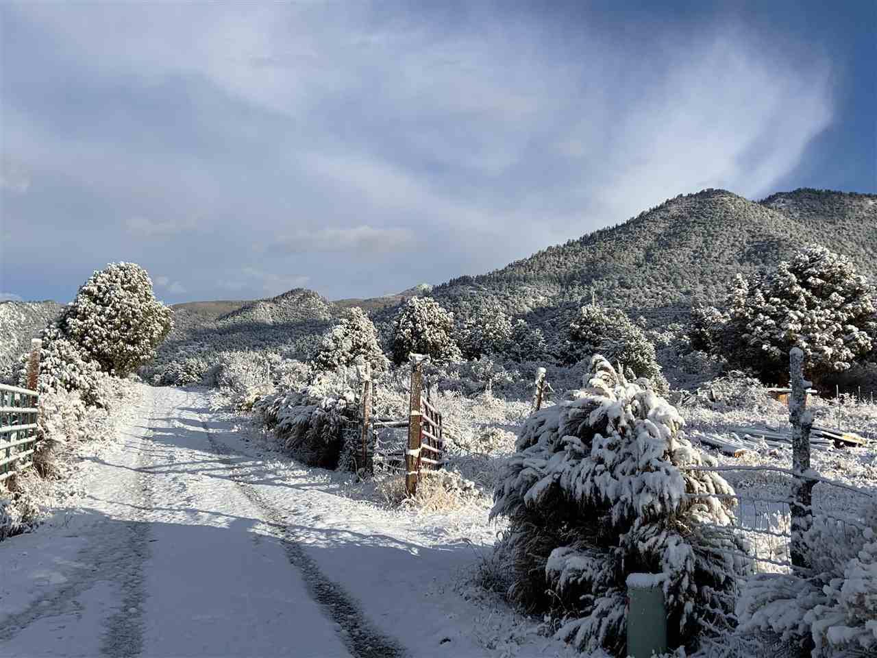 Tract 2A1 Robertos Lane, Arroyo Seco, NM 87514
