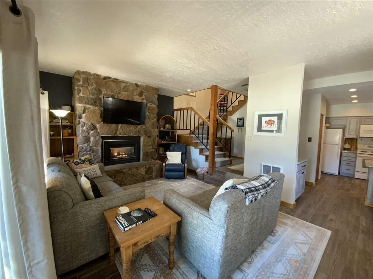 13 Arapaho, Angel Fire, NM 87710
