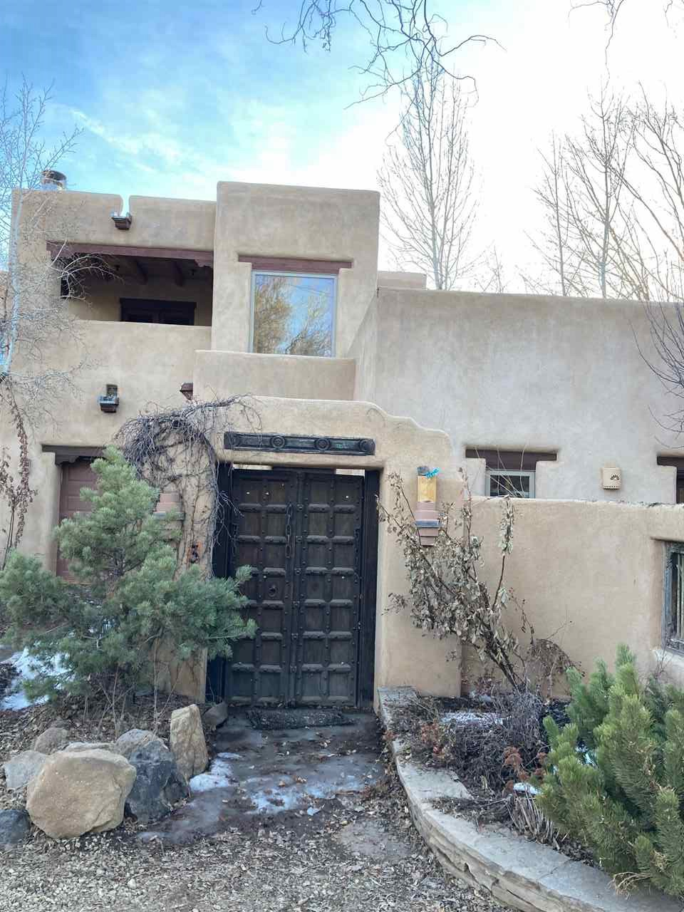 408 Kit Carson Unit 3, Taos, NM 87571