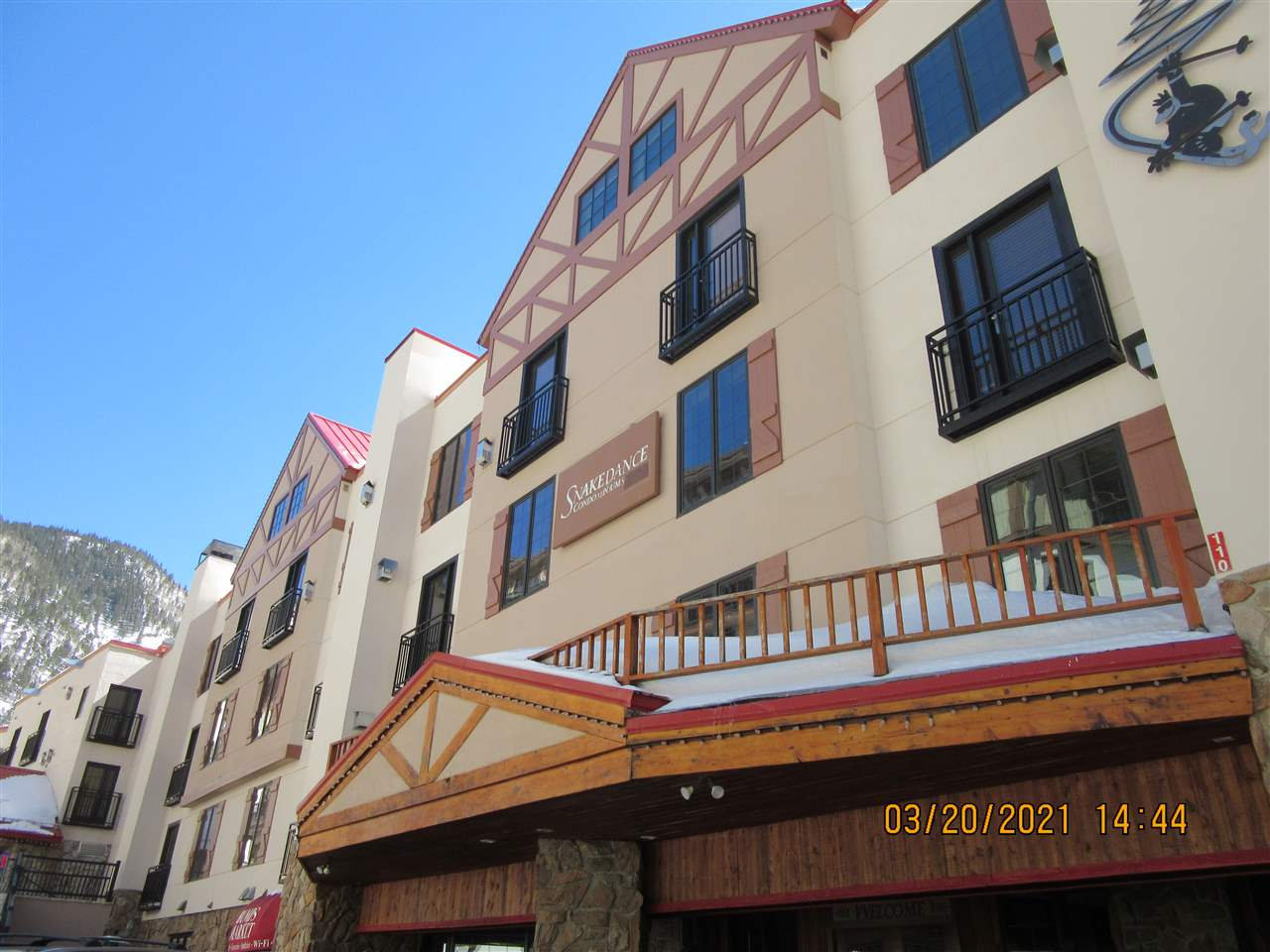 110 Sutton Place, Taos Ski Valley, NM 87525