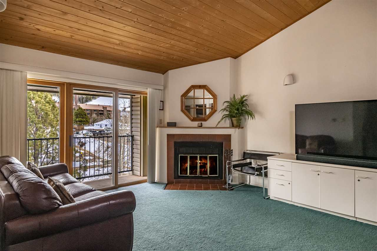 39 Vail Ave, Angel Fire, NM 87710