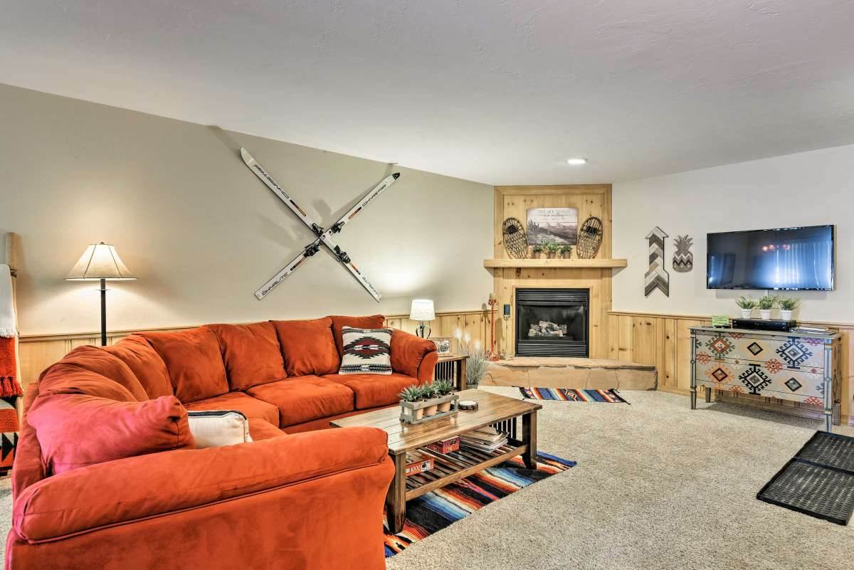 10 Aspen St, Angel Fire, NM 87710