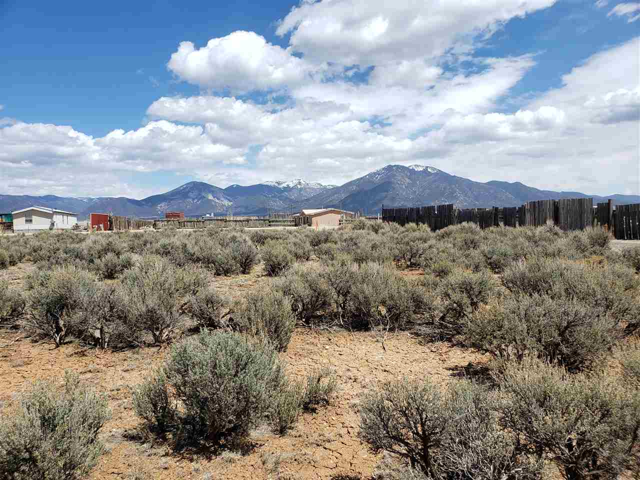 adjacent to 59 Santistevan Road, El Prado, NM 87529