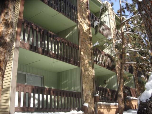 Very large and spacious 1 bedroom unit.  Ground floor unit with easy access and additional ski storage outside.  Balcony faces Mammoth Mountain rd and has a nice view with trees and lawn.  This unit has a large living area that could have sleeper sofa or murphy bed for extra sleeping.  Kitchen is open to living and provides bar space for dining. Floor to ceiling rock fireplace is the focal point of the living area.  Easy parking in back of unit and washer dryer in common locked complex facility.