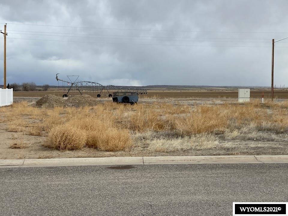 Great building lot on Worland's East end. Build your home facing West or South for the best light in your home. Take your dog for a walk on the walking path just out side this lot. Great view of the Big Horn Mountains.